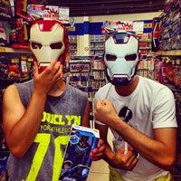 Photo taken at Americanas Express Blockbuster by Robinho F. on 12/22/2013