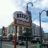 Photo taken at Beep's Burgers by Oscar P. on 10/5/2012