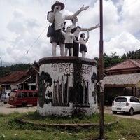 Photo taken at Wisata Suku Baduy by Nandang P. on 1/5/2014