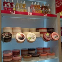 Photo taken at The Body Shop by Umagon M. on 9/28/2013