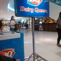 Photo taken at Dairy Queen by Betchay Y. on 12/4/2013