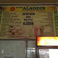 Photo taken at Mie Baso Aladin by Dinnie W. on 9/8/2013