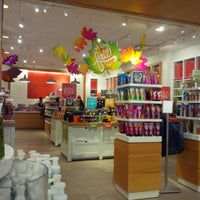 Photo taken at Bath & Body Works Outlet by Tanya T. on 10/12/2014