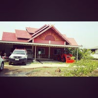 Photo taken at บ้านพัก ญ แม่ by Corneroflife on 4/6/2014