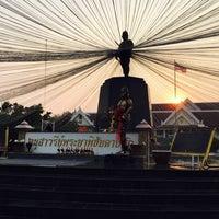 Photo taken at Phraya Pichai Dab Hak Monument by NattapaCH S. on 3/26/2016
