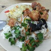 Photo taken at Restoran Wei Xiang by Emily S. on 12/6/2013