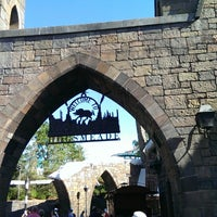 Photo taken at The Wizarding World Of Harry Potter - Hogsmeade by Rafael P. on 5/14/2013