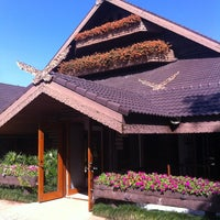 Photo taken at Doi Tung Royal Villa by Notty E. on 10/22/2012