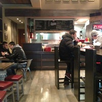 Photo taken at Here Come the Munchies by Κωνσταντινα on 12/30/2012