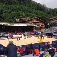 Das Foto wurde bei FIVB Gstaad Center Court von DidzisKO am 7/9/2014 aufgenommen
