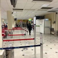Photo taken at Aeroporto de Teresina / Senador Petrônio Portella (THE) by Manoel F. on 5/30/2013