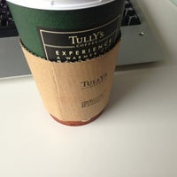 Photo taken at TULLY'S COFFEE 田町グランパーク店 by Katsuo I. on 7/1/2013