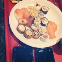 Photo taken at Sushi Express by Jônathan M. on 3/4/2014