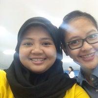 Photo taken at Theater 200A Fakultas Kedokteran Hang Tuah by Azzamatul M. on 9/30/2013