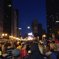 Photo taken at Nationwide Children's Hospital Columbus Marathon & 1/2 Marathon by Jen B. on 10/20/2013