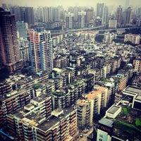 Photo taken at Sheraton Guangzhou Hotel 广州喜来登酒店 by Paul on 5/13/2013