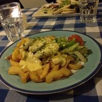 Photo taken at Ravintola Crecian by Pasi V. on 11/30/2012