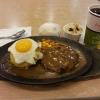Photo taken at Food Court by Raymond I. on 11/16/2013