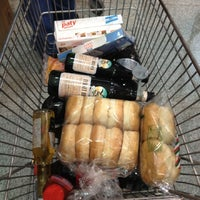 Photo taken at Supermercado Emilio Luque by Bernardita F. on 12/24/2012