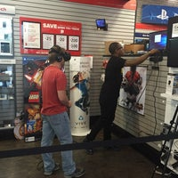 Photo taken at GameStop by Dulio D. on 7/9/2016