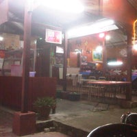 Photo taken at Nor ginseng seafood by Azzam A. on 1/27/2013