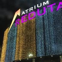 Das Foto wurde bei Atrium Reduta von Fro am 1/8/2017 aufgenommen