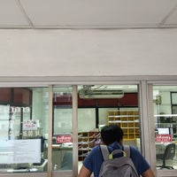 Photo taken at Rong Mueang Post Office by Parinrat N. on 5/16/2016