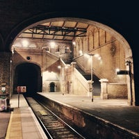 how to get to crystal palace by train