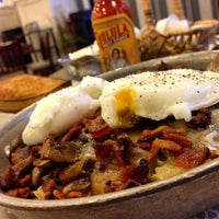 Photo taken at Southern Belle's Pancake House by Tim H. on 12/9/2014