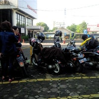 Photo taken at PT. Daya Adicipta Motora (DAM) by Kang A. on 5/18/2014