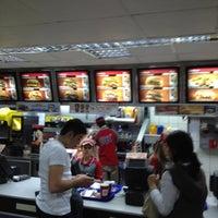 Photo taken at Burger King by Serkan K. on 4/12/2012