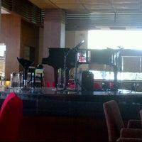 Photo taken at Square restaurant, novotel Balikpapan by Ribka W. on 5/5/2012