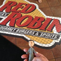 Photo taken at Red Robin Gourmet Burgers by Virginia H. on 8/11/2012