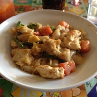 Photo taken at Thai Curry Simple by H W. on 7/16/2012
