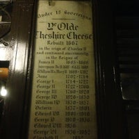 Photo taken at Ye Olde Cheshire Cheese by ELJA K. on 9/4/2013