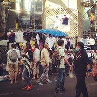Photo taken at Siam Square Night Market by Chutimas B. on 1/25/2014