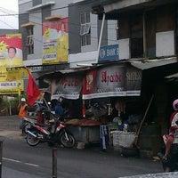 Photo taken at Pasar Rejowinangun by S W. on 2/4/2014