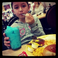 Photo taken at HomeTown Buffet by Anna R. on 2/10/2013