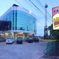 Photo taken at Kepiting Kenari by Yulianus L. on 12/29/2015