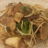 Photo taken at Sorella Pasta by Hyewon K. on 6/11/2014