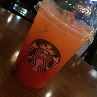 Photo taken at Starbucks by Pkung P. on 10/20/2016