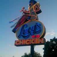 Photo taken at Lucy's Fried Chicken by Nathaniel N. on 9/23/2012