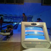 Photo taken at Golden Bowling by Ines M. on 4/9/2014