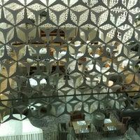 Photo taken at Hotel Mandarin Oriental by FRAN V. on 3/14/2013
