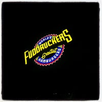 Photo taken at Fuddruckers by Miguel G. on 6/1/2013