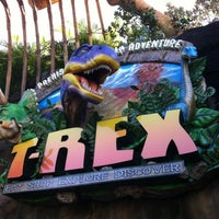 Photo taken at T-Rex Cafe by Daniel L. on 10/13/2012