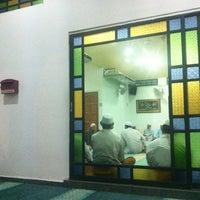 Photo taken at Surau Al-Madani Jalan 3 by Nor Shamsul K. on 4/1/2013