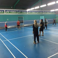 Photo taken at Pro One Badminton Centre by Ms. P. on 9/10/2016