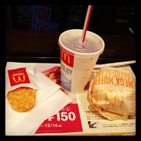 Photo taken at McDonald's by TOMO- Y. on 11/23/2012