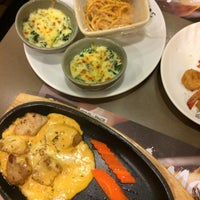 Photo taken at Oishi Buffet by Amy C. on 11/27/2016
